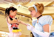 香港迪士尼主題樂園酒店住宿入場劵門票套票優惠disney hotel hong kong disneyland ticket package
